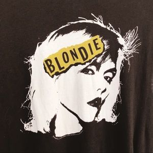 Blonde graphic tee